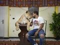 FOTO: Pelatih Singa Gelar Sirkus 'di Rumah Aja'