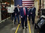 Saat Trump Langgar Aturan WHO di Pabrik Masker AS
