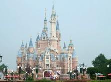 Mulai Hidup Normal, Shanghai Disneyland Dibuka Kembali