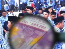 PNS Sujud Syukur, THR Bakal Dibayar Full Tahun Ini!
