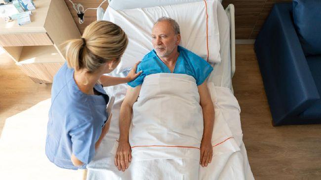 Perawat, dari Gerakan Reformasi hingga Garda Depan Covid-19