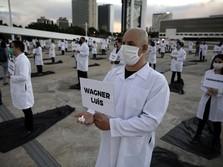 Kesal Sama Pemerintah, Tenaga Medis Aksi 'Putar Badan' di RS