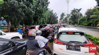 PSBB Belum Dilonggarkan, Jalanan DKI-Tangsel Padat Kendaraan