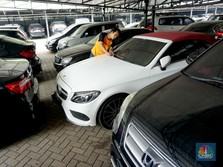Harga Mobil Bekas Lagi Murah Meriah, Pedagang Menderita