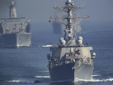 Kapal Militer AS-China Hampir Tabrakan di Laut China Selatan