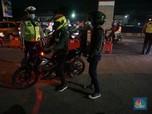 Anies Larang Orang Keluar-Masuk DKI, Pemotor Masih Nekat