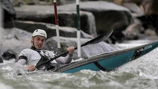 FOTO: Aksi Atlet Kayak AS Latihan di Tengah Pandemi Corona