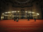 Mengintip Salat Idul Fitri Diberbagai Dunia di Era Corona