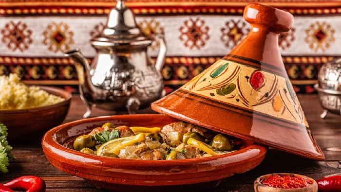Sarapan Mewah di Rumah Usai Salat Ied, Tradisi Unik dari Maroko