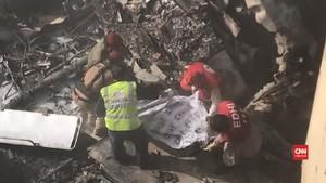 VIDEO: Cerita Korban Selamat Pesawat Jatuh di Pakistan