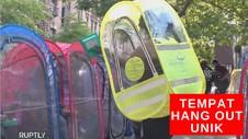 VIDEO: Cara Unik Berkumpul Saat Penerapan Physical Distancing