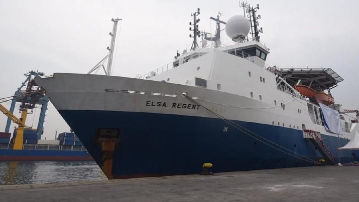 Kapal Elsa Regent Milik PT Elnusa yang digunakan untuk survei seismik bersandar di pelabuhan saat saat acara Peresmian Survei Seismik KKP Jambi Merang di Wilayah Terbuka yang dilaksanakan di Tanjung Priok, Jakarta pada Selasa (12/11) yang lalu. (Dok. Pertamina)