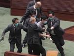 Ribut, Begini Panasnya Parlemen Hong Kong Bahas UU dari China