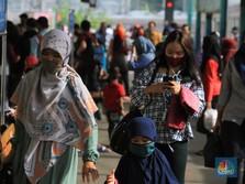 Pakar: Warga RI Takut Gelombang II, Tapi Hidup Sembrono