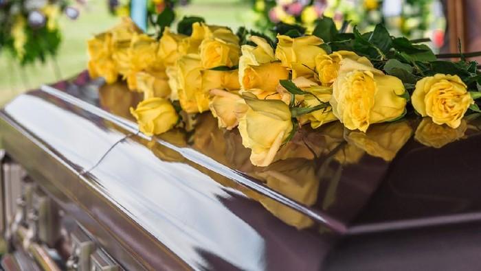 Tangis Sopir Bus Wanita Hanya Diberi Waktu 3 Jam Hadiri Pemakaman Suami