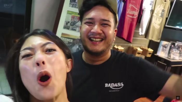 Inilah Suami Nabila Putri, Bos Bengkel Moge di Bali