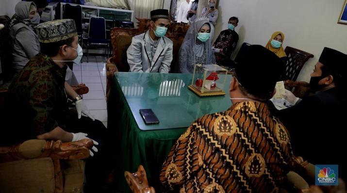 Melihat pernikahan di era New Normal. CNBC Indonesia/Muhammad Sabki