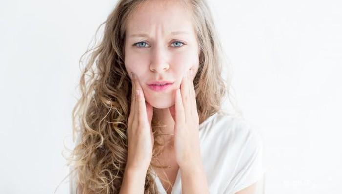Gak Disangka, 5 Hal Ini Bisa Jadi Penyebab Kulit Wajah Berminyak