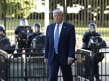 Heboh! Trump Buat Pagar Tinggi di Gedung Putih, Takut Demo?