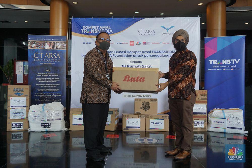 Dompet Amal TRANSMEDIA bersama CT ARSA Foundation Salurkan Donasi Tahap ke-6 untuk Penanganan Covid-19. CNBC Indonesia/Tri Susilo