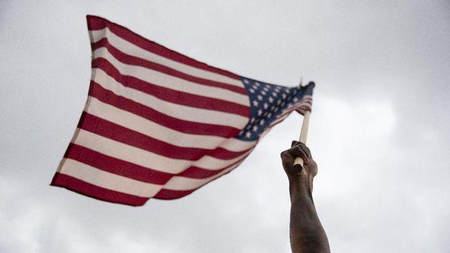 Ekonomi AS Hancur Lebur, Terburuk Sejak Perang Dunia II