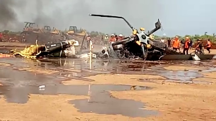 Kecelakaan Helikopter Jatuh di Kawasan Industri Kendal (Tangkapan Layar Video/ist)