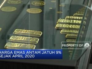 Harga Emas Antam Jatuh 9% Sejak April 2020