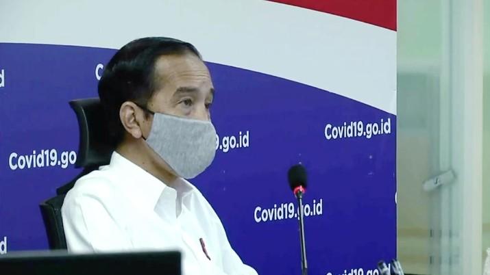 Presiden RI Jokowi Mengunjungi Gugus Tugas Nasional Covid19, Jakarta, 10 Juni 2020 (BPMI 2020)