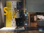 Naik Lift Tanpa Tombol, Begini New Normal di Mal Jakarta