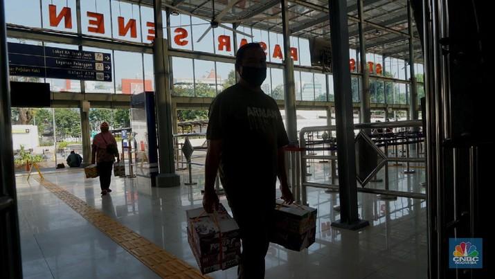 Stasiun Pasar Senen (CNBC Indonesia/Tri Susilo)
