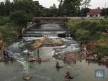 Wisata Murah Muriah 'Air Terjun' Dadakan di  Tangsel