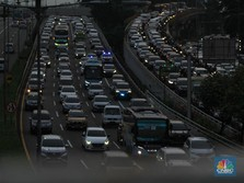 Orang-Orang Mulai Tinggalkan Jakarta, Besok Puncaknya!