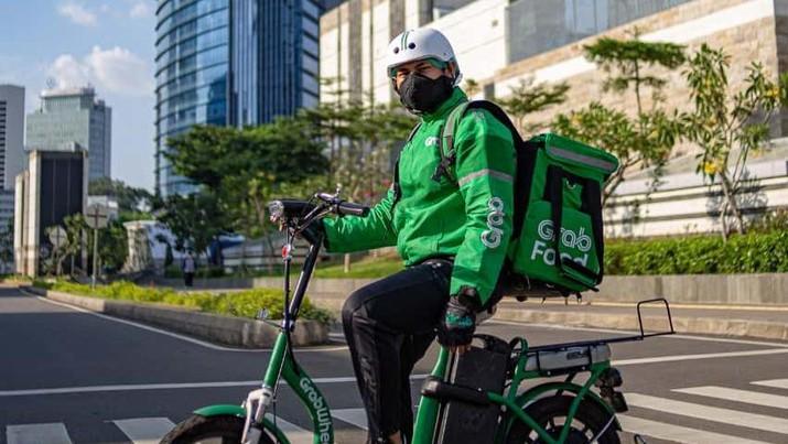 Mitra Pengantaran GrabFood dengan Sepeda Listrik (Dok. Grab)