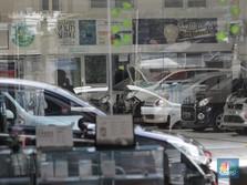 Penjualan Mobil 2020 Turun Drastis, Saham ASII Ambles