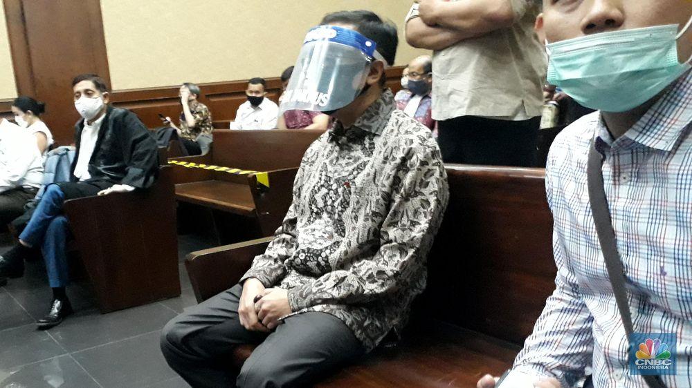 Benny Tjokrosaputro jalani sidang ke duadugaan korupsi PT Asuransi Jiwasraya di Pengadilan Negeri Tindak Pidana Korupsi Jakarta Pusat. (CNBC Indonesia/ Ferry Sandi)