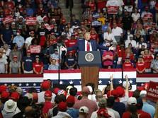 Trump Bekukan Visa Kerja AS hingga Akhir 2020