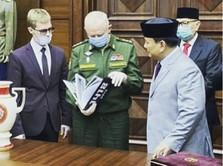 Bahas Militer, Prabowo Sambangi Anak Buah Putin