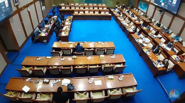 Komisi VII DPR RI. (CNBC Indonesia/Anisatul Umah)