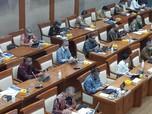 Di Depan DPR, Bos OJK Beberkan Kondisi Bank RI & Efek Corona