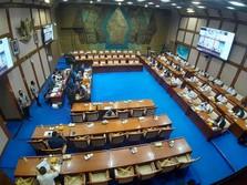 Wah, Rapat dengan MIND ID Diwarnai Gebrakan Meja Anggota DPR