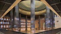 Foto Masjid Istiqlal Makin Indah dengan Teknologi Lampu Baru