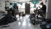 Konveksi Baju Sekolah Saat Pandemi: Omzet Anjlok & Harus PHK