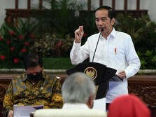Mantap! Jokowi Sebar Rp 2,4 Juta untuk 12 Juta Pedagang UKM