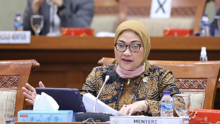 Menteri Ketenagkerjaan, Ida Fauziyah saat rapat kerja dengan Komisi IX DPR di Komplek Parlemen, Senayan, Jakarta, Rabu (8/7/2020). (Dok. Kemnaker)