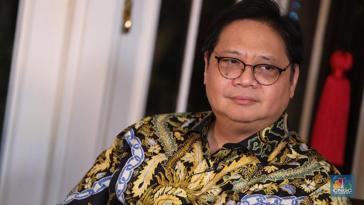 Menko Perekonomian Airlangga Hartarto (CNBC Indonesia/Muhammad Sabki)