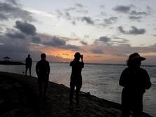 Pemerintah Uji Coba Pembukaan Bali & Riau untuk WNA