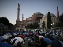Pertama Dalam 86 Tahun, Solat Jumat Digelar di Hagia Sophia