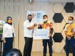 Jempol Erick Thohir untuk 2 Petugas KRL Penemu Rp 500 Juta