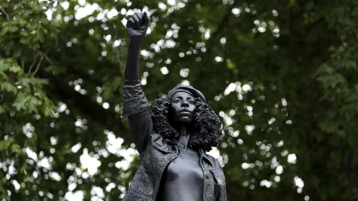 Patung pendemo Black Lives Matter. AP/Matt Dunham