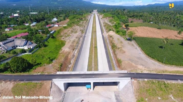 Dua ruas jalan tol baru yang telah siap dioperasikan yakni Banda Aceh—Sigli seksi 4 Indrapuri-Blang Bintang (14 km) dan Manado-Bitung (Mabit) seksi 1 Manado-Airmadidi (14 km) serta sebagian ruas seksi 2 hingga Kauditan (7 km). (Dok. Kementerian PUPR)
